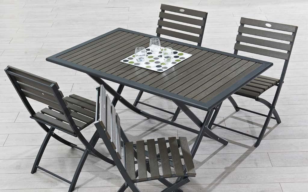 Conseils et astuces pour avoir un magnifique jardin for Table petits espaces