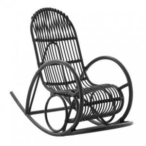 conseils et astuces pour avoir un magnifique jardin rocking chair comme mobilier de jardin. Black Bedroom Furniture Sets. Home Design Ideas