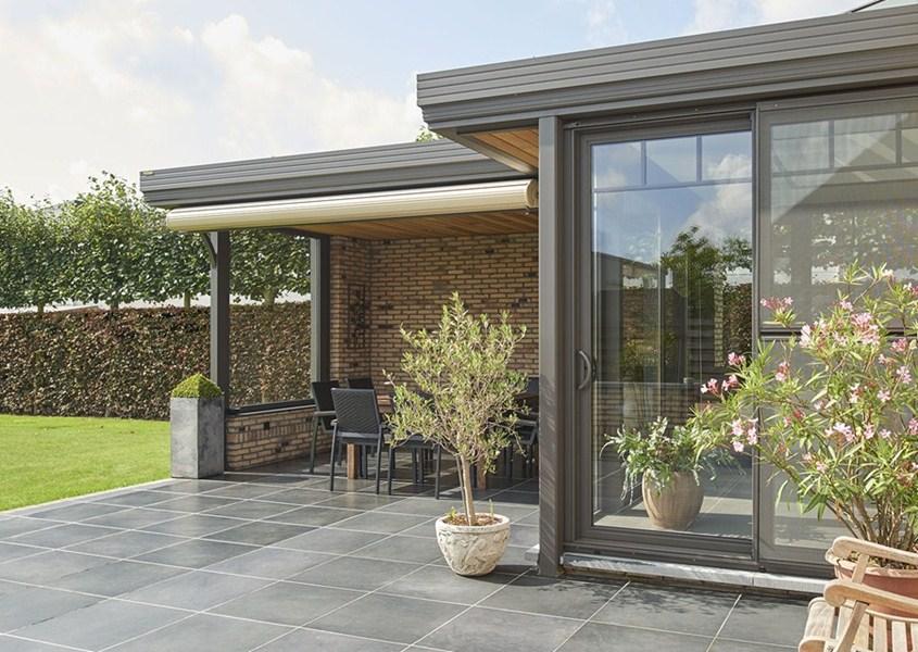 Terrasse Veranda Pergola : Conseils et astuces pour avoir un magnifique jardin Une