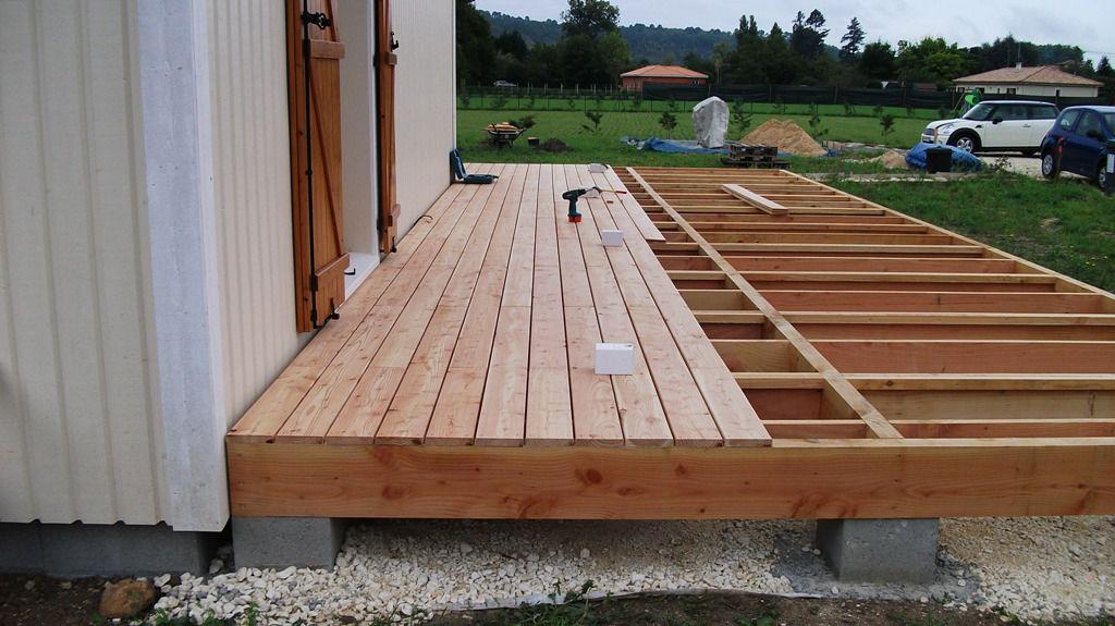 conseils et astuces pour avoir un magnifique jardin guide pour faire une terrasse en palette. Black Bedroom Furniture Sets. Home Design Ideas